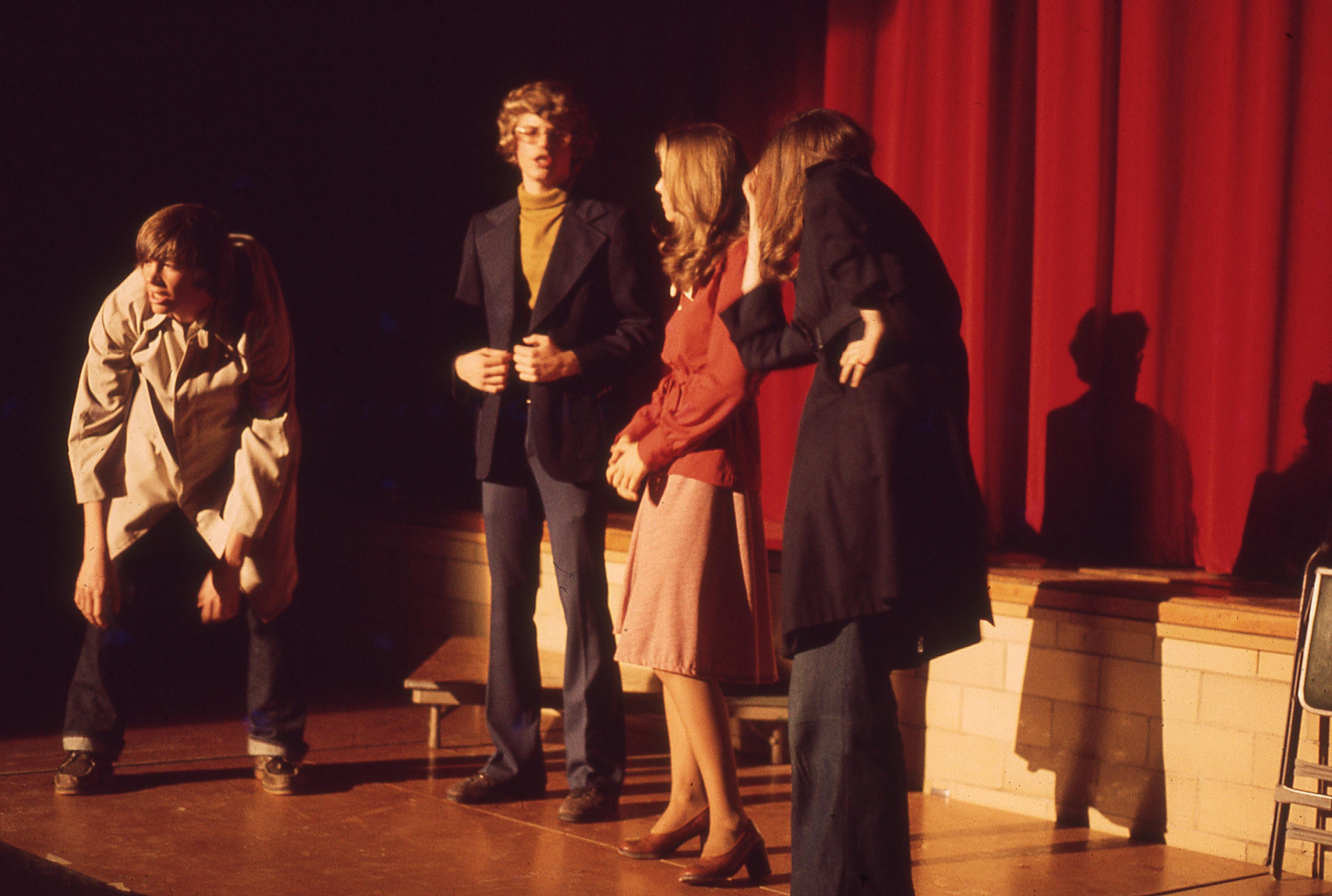 Scholar Show 1975 mystery